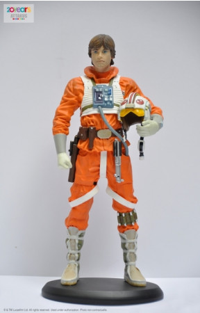 star-wars-episode-v-luke-snowspeeder-pilot-elite-collection-110-statue-185-cm_ATEC50_2.jpg
