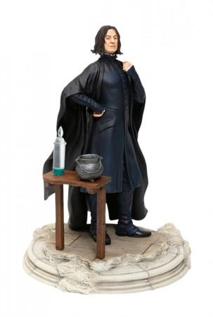 harry-potter-severus-snape-wizarding-world-statue-enesco-sideshow_ENSC905453_2.jpg