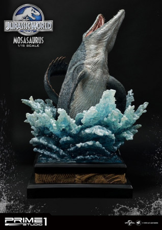 jurassic-world-mosasaurus-limited-edition-legacy-museum-collection-statue-prime-1-studio_P1SLMCJW2-06_2.jpg