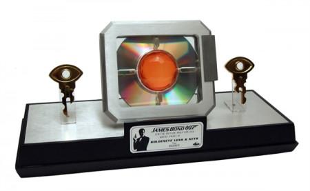 james-bond-replik-11-goldeneye-linse-und-schlssel-limited-edition_FACE408146_2.jpg