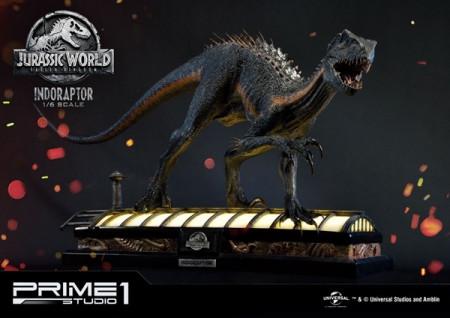 jurassic-world-das-gefallenes-knigreich-indoraptor-16-statue-101-cm_P1SLMCJW2-03_2.jpg