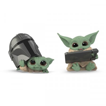 hasbro-star-wars-the-mandalorian-helmet-peeking-datapad-tablet-serie-3-bounty-collection-figuren_HASF28525S00_2.jpg