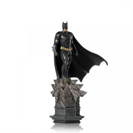 the-dark-knight-batman-limited-edition-deluxe-art-scale-statue-iron-studios_IS71560_2.jpg