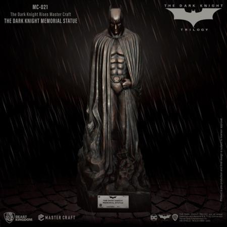 the-dark-knight-rises-the-dark-knight-memorial-batman-limited-edition-master-craft-statue-beast-king_BKDMC-021_2.jpg