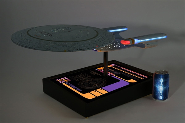 [Bild: star-trek-the-next-generation-tng-uss-en...1005_9.jpg]