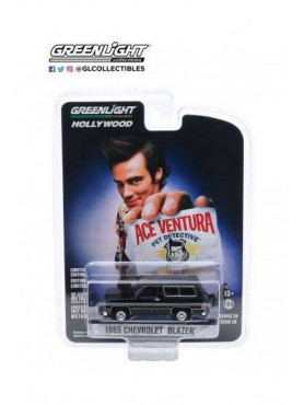 ace-ventura-1989-chevrolet-blazer-diecast-modell-greenlight-collectibles_GL44880E_2.jpg