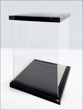 acryl-vitrine-display-case-ultimate-guard-supreme-fr-16-actionfiguren-black-magnetic-edition_UGD030002_2.jpg