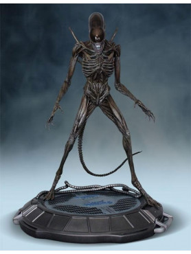 alien-xenomorph-covenant-14-statue-69-cm-exclusive-version_HCG9371_2.jpg