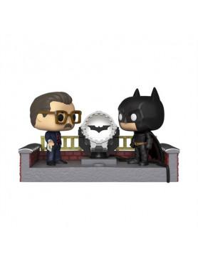 batman-batman-with-light-up-bat-signal-batmans-80th-movie-moment-funko-pop-figur-9-cm_FK37258_2.jpg