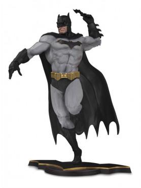 Batman Gray Variant EU Exclusive DC Core PVC Statue 26 cm