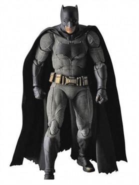 batman-previews-exclusive-maf-actionfigur-aus-batman-v-superman-dawn-of-justice-15-cm_MEDIFEB162747_2.jpg