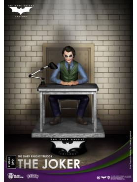 beast-kingdom-toys-the-dark-knight-trilogy-the-joker-d-stage-diorama_BKDDS-092_2.jpg