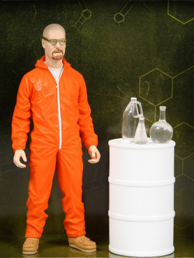 breaking-bad-walter-white-orange-hazmat-suit-exclusive-actionfigur-15-cm_MEZ70001_2.jpg