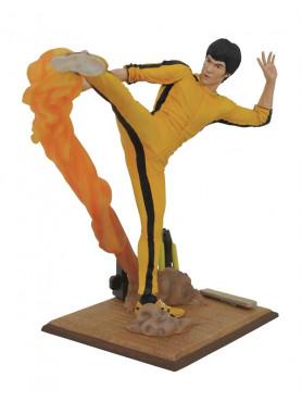 bruce-lee-bruce-lee-kicking-gallery-statue-25-cm_DIAMJUL192658_2.jpg