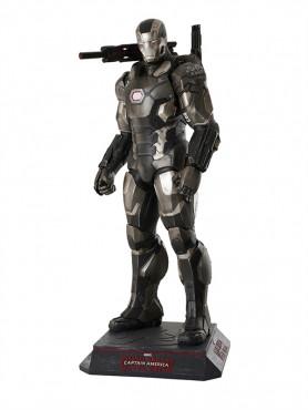 captain-america-civil-war-war-machine-life-size-statue-214-cm_MMMW-AV-CWLED_2.jpg