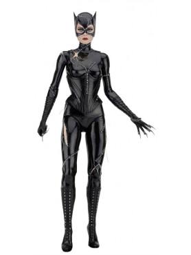 catwoman-michelle-pfeiffer-14-actionfigur-aus-batmans-rckkehr-45-cm_NECA61435_2.jpg