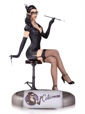 catwoman-resin-statue-dc-comics-bombshells-22-cm_DCCAPR150342_2.png