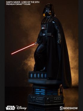 darth-vader-lord-of-the-sith-premium-format-statue-aus-star-wars-67-cm_S300093_2.jpg