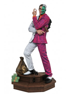dc-comic-two-face-gallery-statue-diamond-select_DIAMAPR202647_2.jpg
