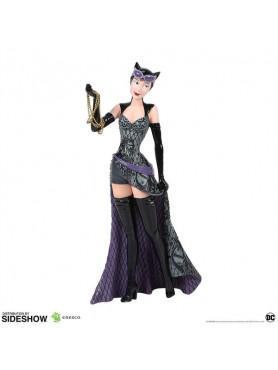 dc-comics-catwoman-couture-de-force-statue-enesco-sideshow_ENSC905771_2.jpg