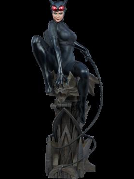 dc-comics-catwoman-premium-format-statue-56-cm_S300678_2.png
