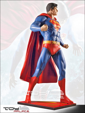 dc-comics-superman-life-size-statue-200-cm_MMSU1_2.jpg