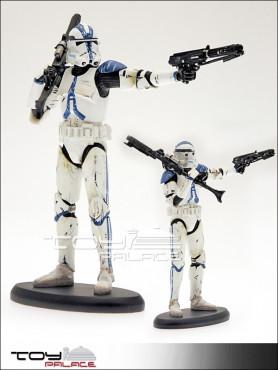 elite-collection-501st-trooper-resin-statue-22-cm_ATEC06_2.jpg