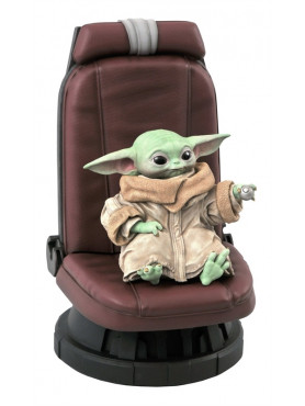 gentle-giant-star-wars-the-mandalorian-the-child-in-chair-limited-edition-premier-collection-statue_DIAAUG202092_2.jpg