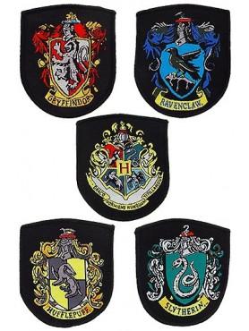 harry-potter-aufnher-5er-pack-hauswappen_HPECREST-HP_2.jpg