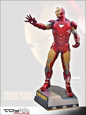 iron-man-2-iron-man-clean-version-life-size-statue-225-cm_MM0IR2C_2.jpg