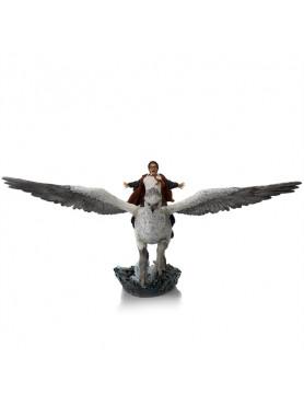 Harry Potter: Harry Potter und Seidenschnabel - Deluxe Art Scale Statue