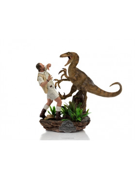 iron-studios-jurassic-park-clever-girl-muldoon-limited-edition-deluxe-art-scale-statue_IS13498_2.jpg