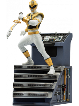 iron-studios-power-rangers-white-ranger-limited-edition-bds-art-scale-statue_IS12820_2.png