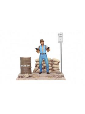 matt-hunter-chuck-norris-pvc-diorama-statue-deluxe-set-invasion-u_s_a_-18-cm_SDTMGM20076_2.jpg