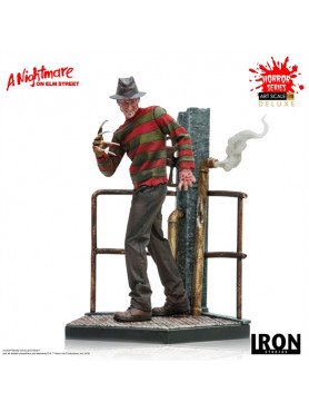 nightmare-on-elm-street-freddy-krueger-deluxe-art-scale-statue-iron-studios_IS89987_2.jpg