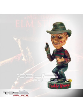 nightmare-on-elm-street-freddy-krueger-wackelkopf_NECA04370_2.jpg