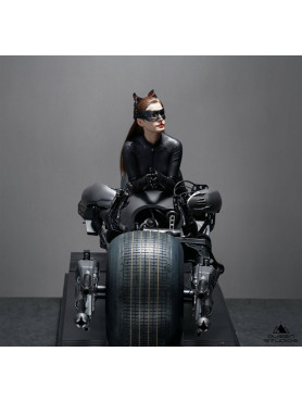 queen-studios-the-dark-knight-rises-catwoman-limited-edition-statue_QS-CATWOMAN_2.jpg