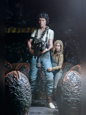 ripley-newt-af-deluxe-doppelpack-30th-anniversary-aus-aliens-die-rckkehr-1986-1813-cm_NECA51608_2.jpg