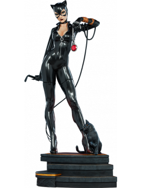 sideshow-dc-comics-catwoman-limited-collector-edition-premium-format-statue_S300787_2.png