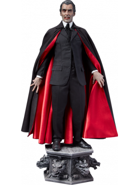sideshow-dracula-christopher-lee-limited-edition-premium-format-statue_S300295_2.png
