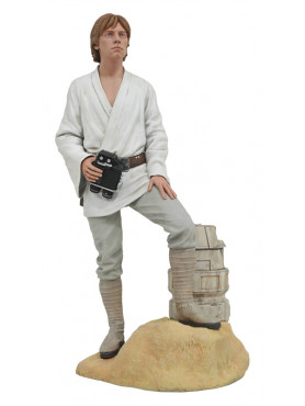star-wars-episode-iv-luke-dreamer-limited-edition-premier-collection-statue-gentle-giant_GG202617_2.jpg