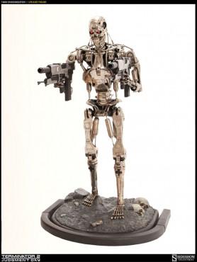 terminator-2-t-800-endoskeleton-version-2_0-life-size-statue-190-cm_S400060_2.jpg