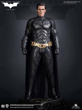 the-dark-knight-batman-premium-edition-limited-edition-statue-queen-studios_QS-DARK-KNIGHT-PRM_2.jpg