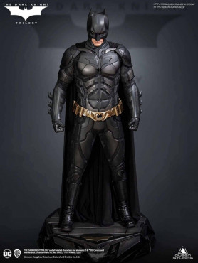 the-dark-knight-batman-standard-edition-limited-edition-statue-queen-studios_QS-DARK-KNIGHT-REG_2.jpg