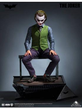 the-dark-knight-heath-ledger-joker-statue-cinemaquette-queen-studios_QS-JOKER_2.jpg