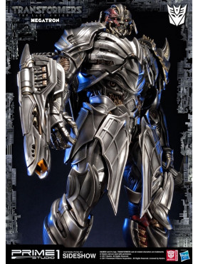 transformers-the-last-knight-megatron-statue-76-cm_P1S903070_2.jpg