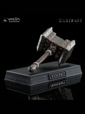 warcraft-the-beginning-orgrims-doomhammer-16-replik-20-cm_WETA1885_2.jpg
