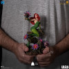 dc-comics-poison-ivy-ivan-reis-limited-edition-deluxe-art-scale-statue-iron-studios_IS71598_7.jpg