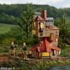 harry-potter-der-fuchsbau-statue-department-56-sideshow_ENSC905312_4.jpg