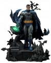batman-hush-batman-batcave-bonus-version-deluxe-museum-masterline-statue-prime-1-studio_P1SMMDCBH-05DXS_2.jpg